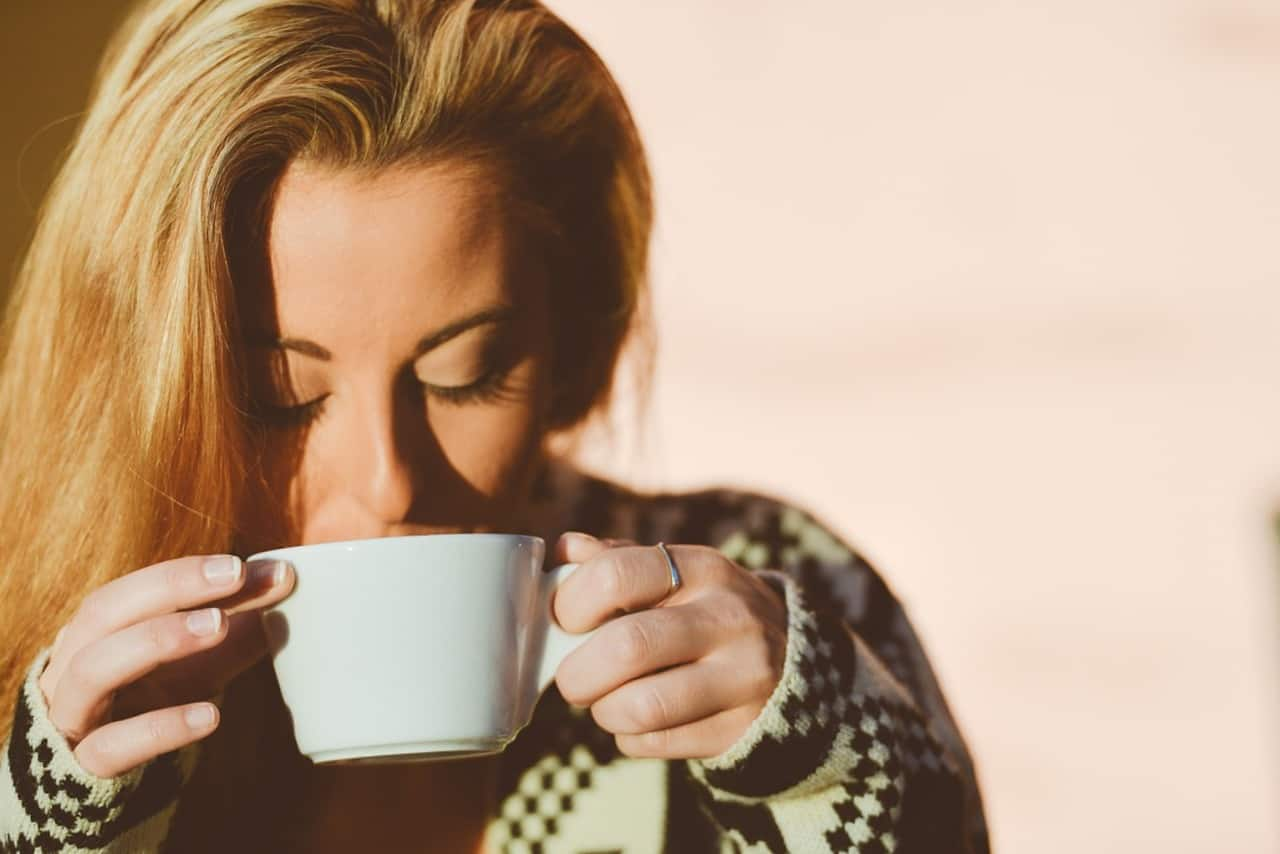 чашка_кофе_женщина
