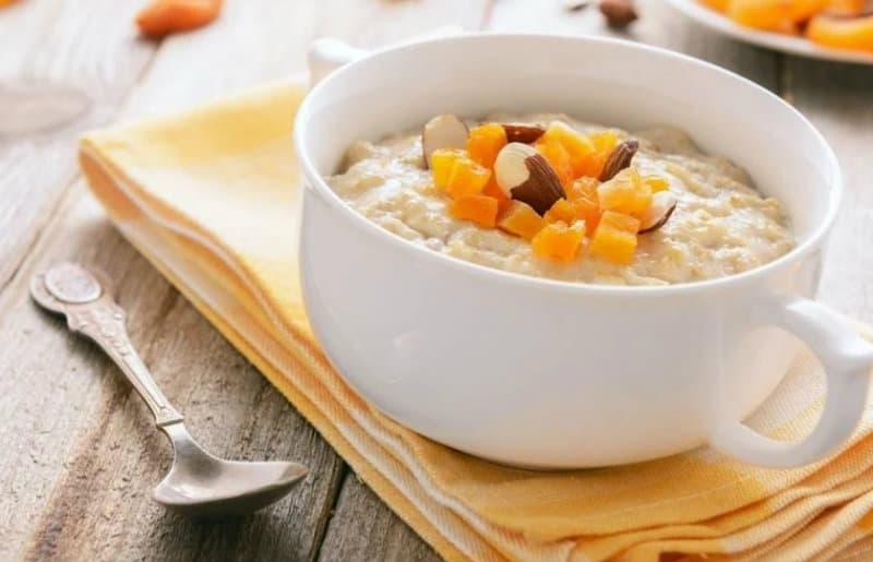 risovaya_kasha_na_moloke_recept