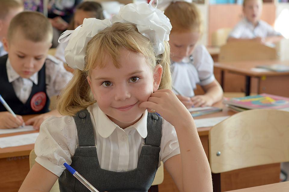 v-rossii-utverdyat-standart-na-shkolnuyu-formu