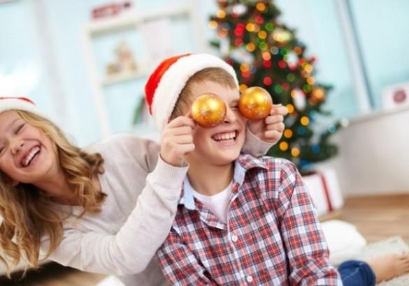 «Что бывает в Новый год?». Игра на логику для детей 5 лет