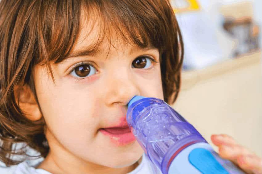 Сколько раз можно промывать нос физраствором ребенку