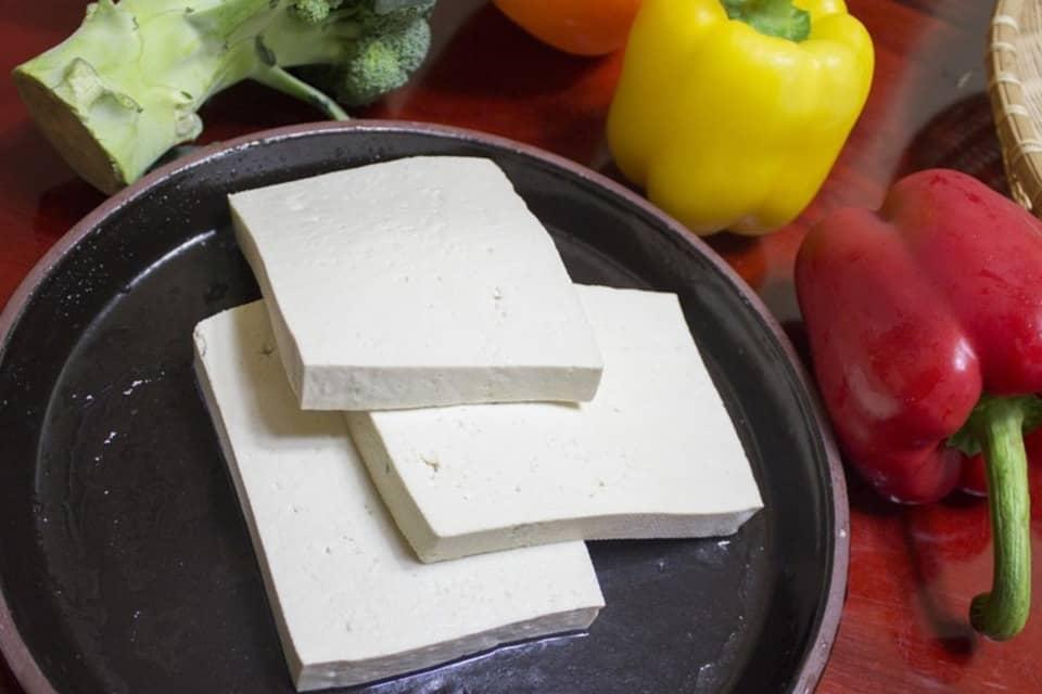 продукты богатые кальцием тофу